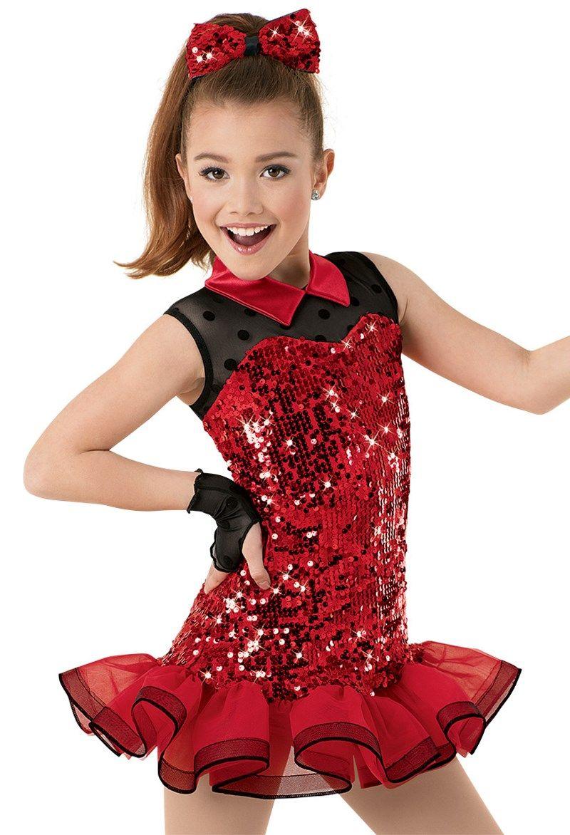 Sportiniai šokiai solo mergaitės